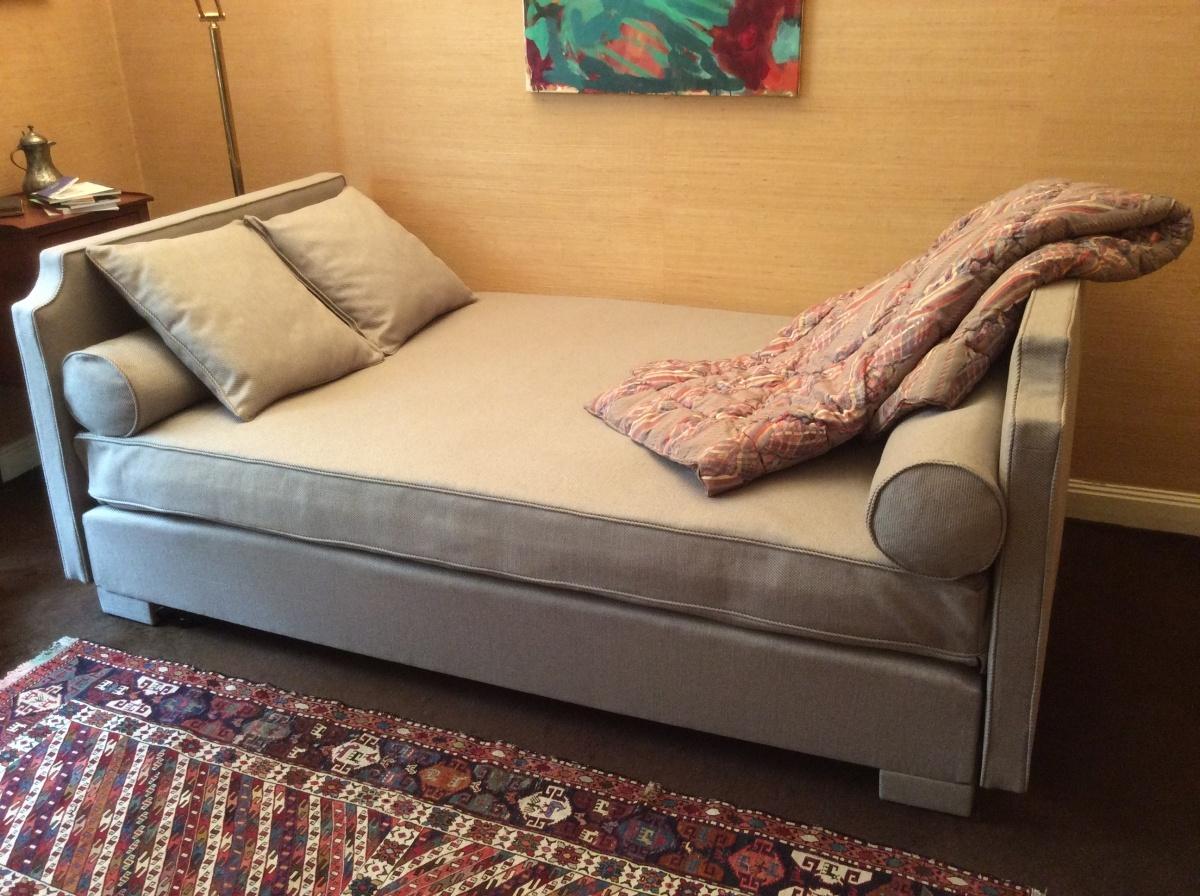 canap s et lits michel larsonneur tapissier d corateur. Black Bedroom Furniture Sets. Home Design Ideas